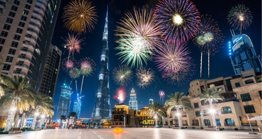 dubai fireworks new year celebration