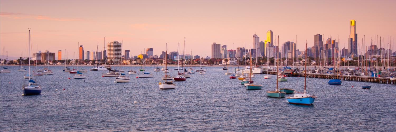 Melbourne-skyline-sunset