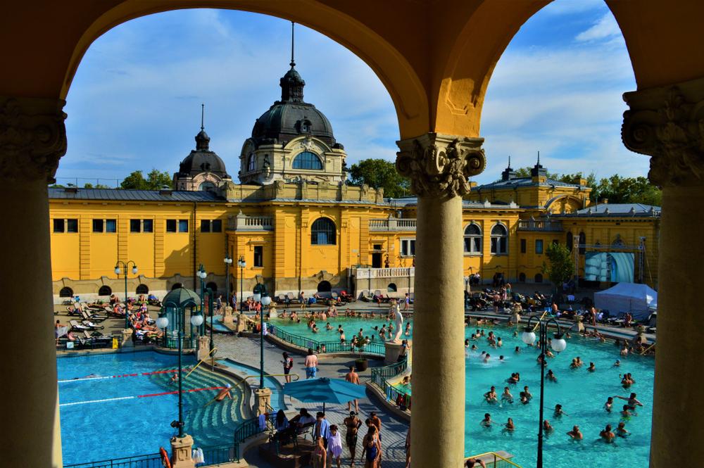 thermal baths budapest szechenyi