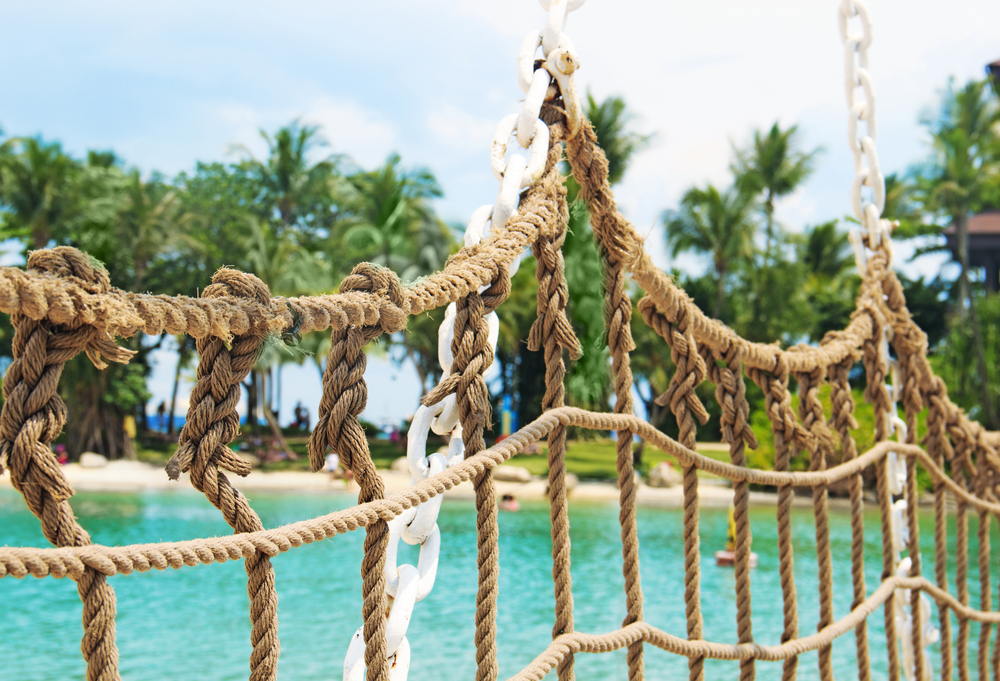 cancun_ship