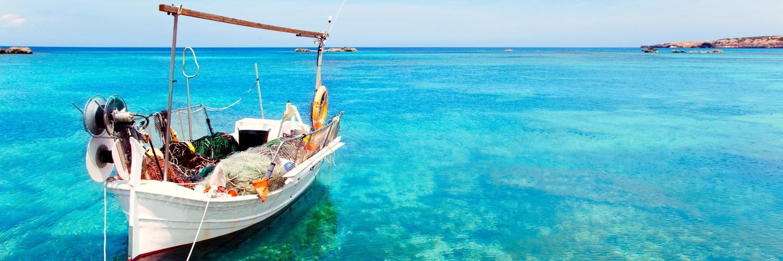 formentera-beach boat